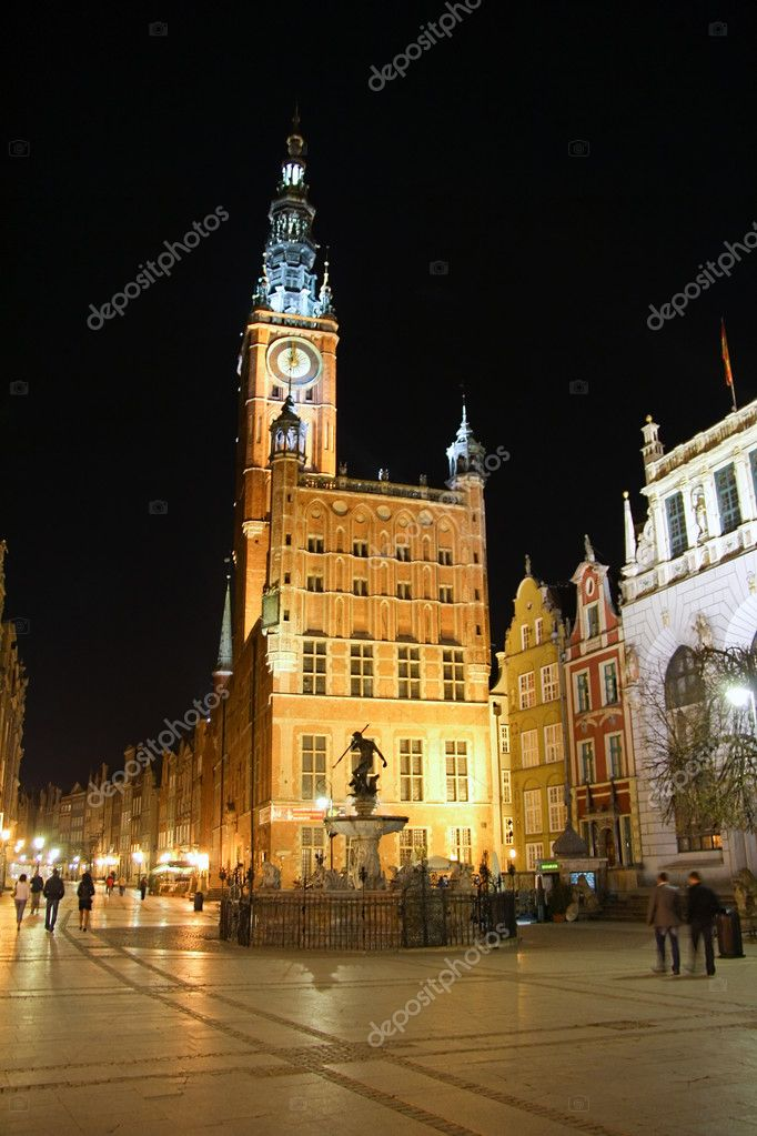 Dluga street in Gdansk at night - Poland — Stock Photo #2473855