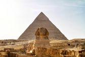 Esfinge y chefren pirámide — Foto de Stock