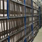 Shelf with Folders — Stock Photo