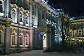 Winter Palace facede in winter night — Stock Photo