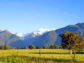 Mount Cook and Mount Tasman, NZ — Stock Photo