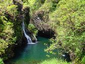 Waterfalls. Road to Hana, Maui, Hawaii — Stock Photo