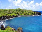 Black Sand Beach, Maui, Hawaii — Stock Photo