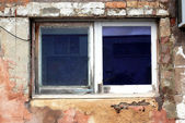 Window in Brick Wall needing Repairs — Stock Photo