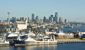 Seattle Space Needle Skyline and Harbor — Stock Photo