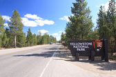 Signe d'entrée pour le parc national yellowstone — Photo