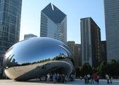 Cloud Gate in Millennium Park, Chicago — Stock Photo