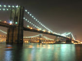 Puentes de Brooklyn y manhattan — Foto de Stock