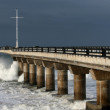 Pier and Waves — Stock Photo