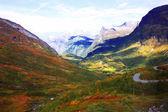 İskandinavya'nın sonbahar dağları — Stok fotoğraf