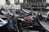 Gondolier on rest — Stock Photo