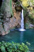 Plitvice beautiful waterfall — Stock Photo
