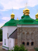 Golden domes of church in Kiev — Stock Photo