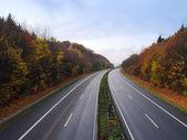 Duitse autosnelweg in het najaar — Stockfoto
