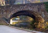Most kamienny w miasta altenahr — Zdjęcie stockowe