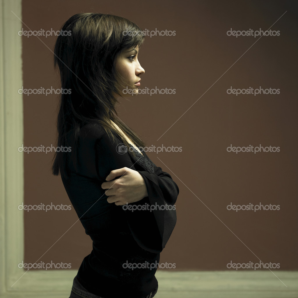 Portrait of young attractive lady. Fashion photo — Stok fotoğraf #2286378
