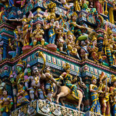 Crowded hindu temple — Stock Photo