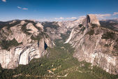 Yosemite national park observation point — Stock Photo