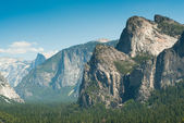 Tunnel view in yosemite national park — Stock Photo