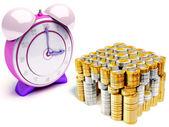 Horloge et pièces en euros — Photo