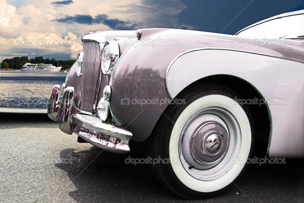 Vintage car — Stock Photo #2446966