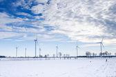 Kış rüzgar türbini park — Stok fotoğraf