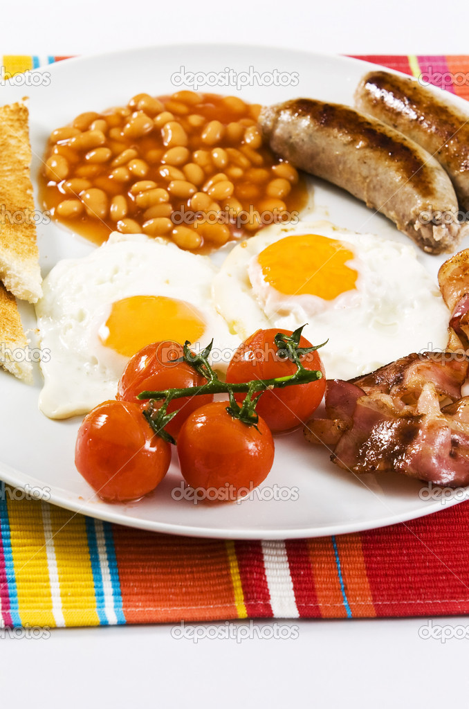 English breakfast served on white plate  — Stock Photo #2339963