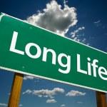 长寿命绿色道路标志 — 图库照片