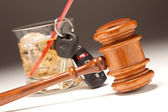Gavel, Alcoholic Drink and Car Keys — Stock Photo