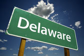 Delaware Green Road Sign — Stock Photo