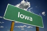 爱荷华州道路标志 — 图库照片