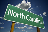 North Carolina Green Road Sign — Stok fotoğraf
