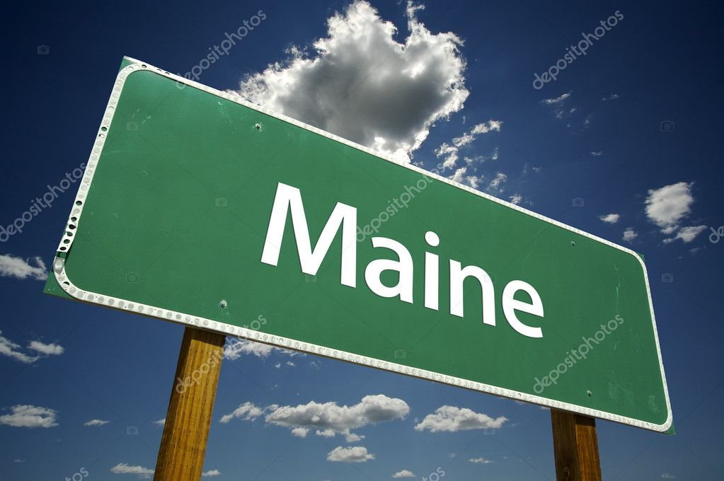 Maine Road Sign with dramatic clouds and sky. — Stock Photo #2328899