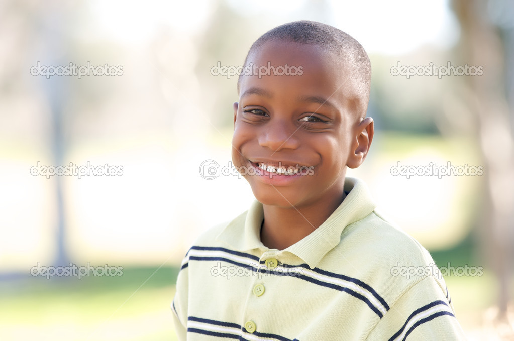 Young Happy African American Boy Having Fun in the Park. — Stock Photo #2333193