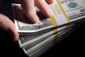 Zásobníky 100 dolarové bankovky — Stock fotografie