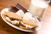 Smores and Milk on Wood — Stock Photo