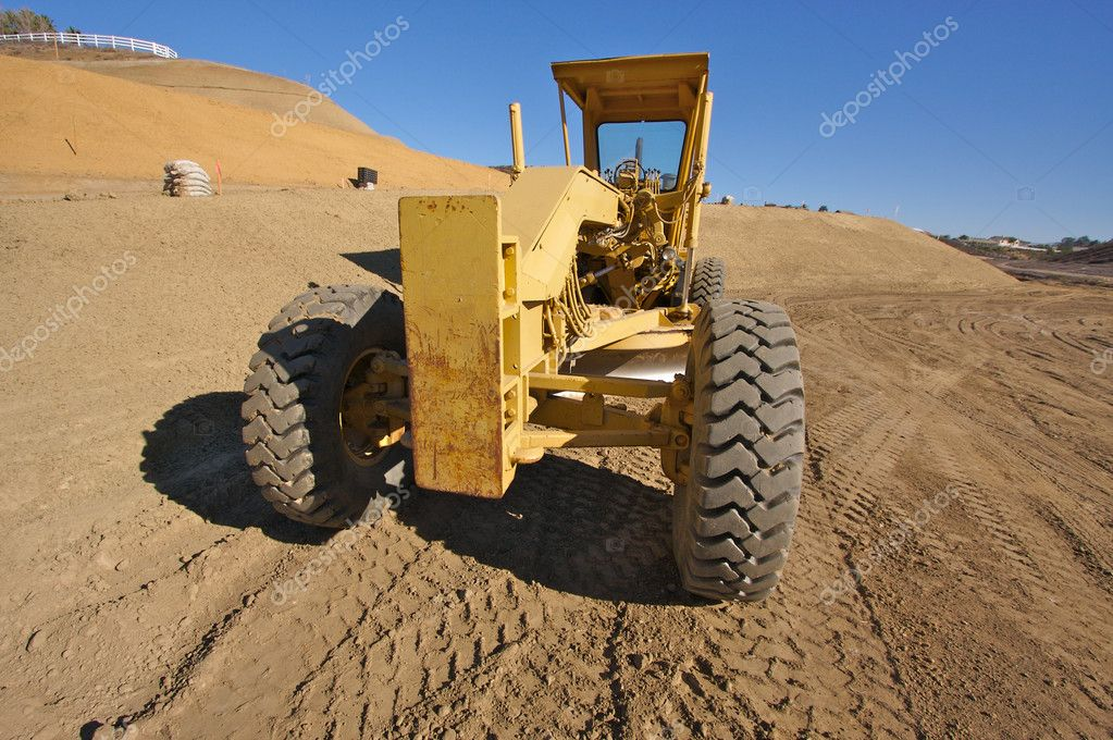 Tractor at a Construction Site and dirt lot. — Stock Photo #2358503