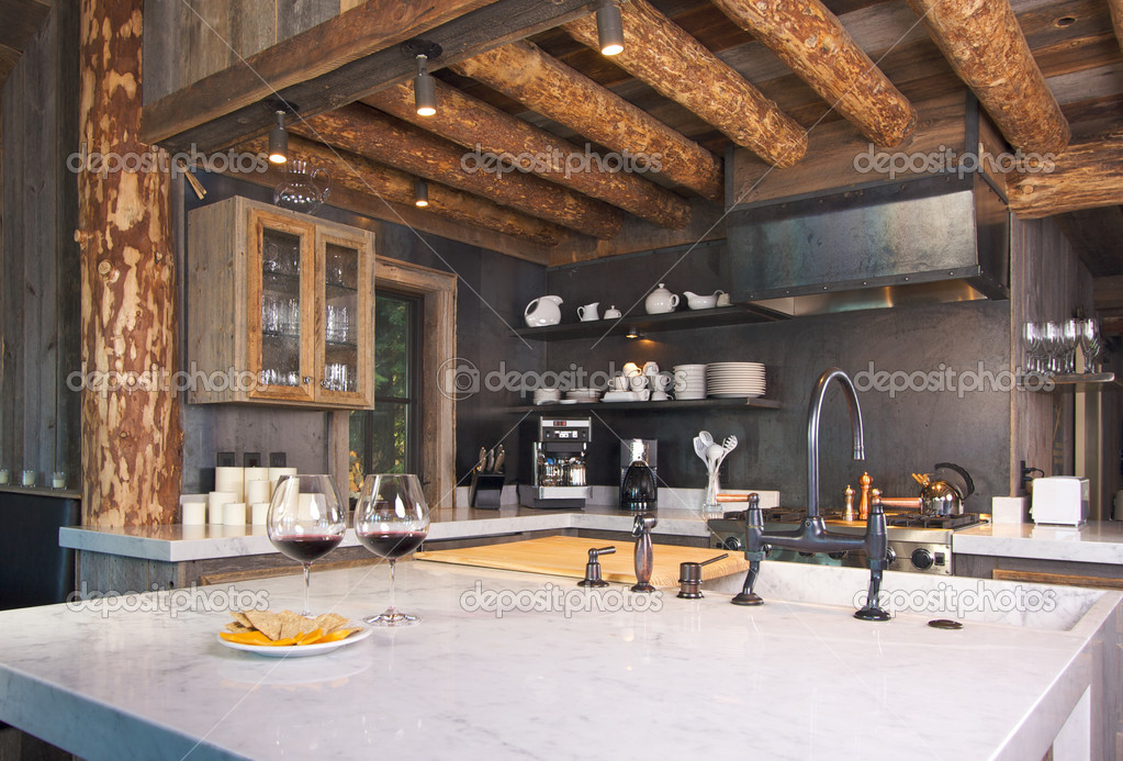 Luxurious Rustic Fully Equipped Log Cabin Kitchen. — Stock Photo #2359142