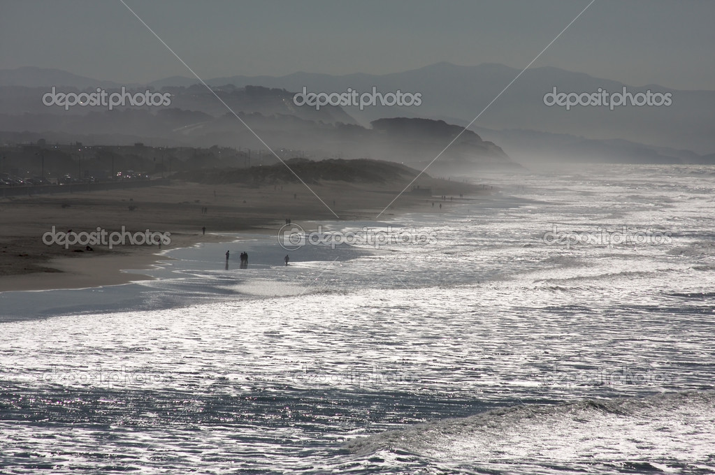 Dramatic California Shoreline in the Early Morning Mist. — Stock Photo #2359325