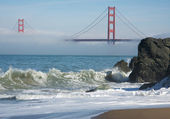 Golden gate-bron i dimman — Stockfoto