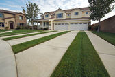 Modern Home Facade and Driveway — Stock Photo