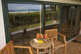 Oceanfront Home Lanai with View Reflection — Stock Photo