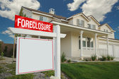 Blank Foreclosure Real Estate Sign Home — Stock Photo