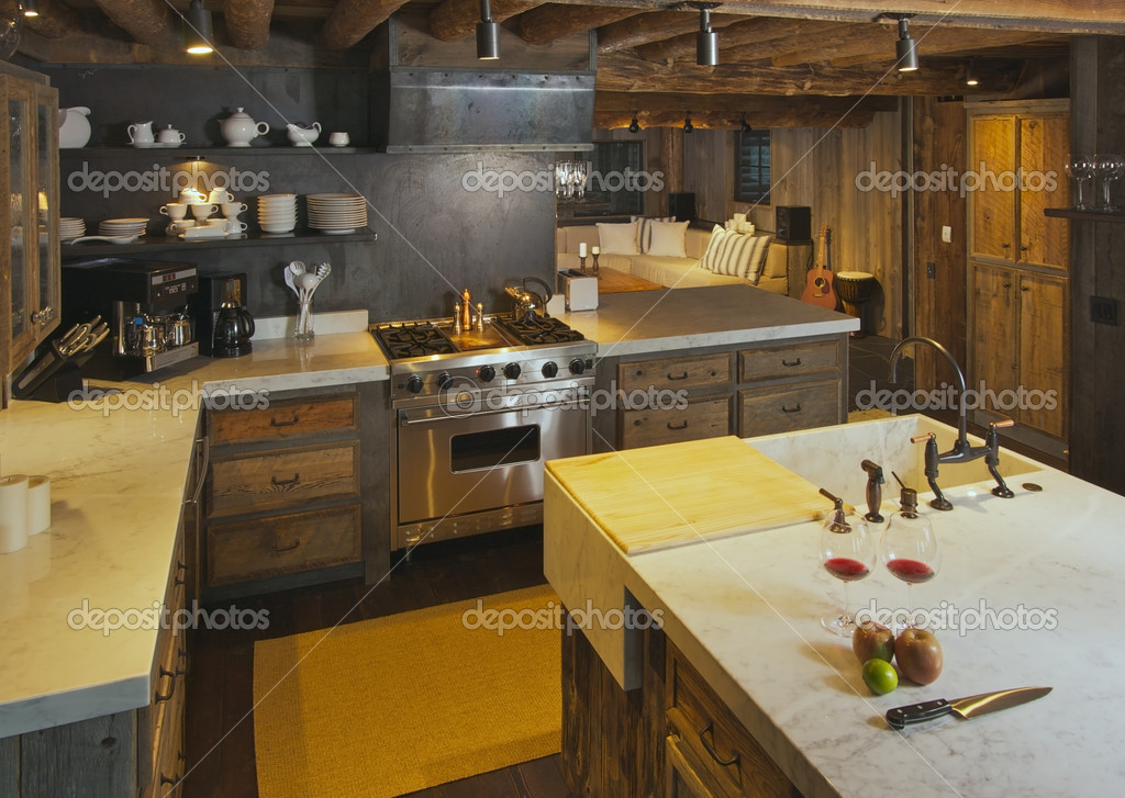 Luxurious Rustic Fully Equipped Log Cabin Kitchen. — Stock Photo #2360908