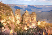 Three sisters in Blue Mountains — Stock Photo
