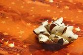 Dettaglio nastro scatola Natale arancione — Foto Stock