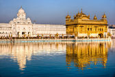 Golden Temple in Amritsar, Punjab, Indi — Stock Photo