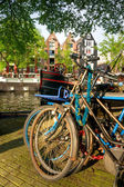 Amsterdam, Canal and bike. — Stock Photo