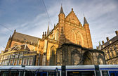 Amsterdam, Tram and Church near Dam Square — Stok fotoğraf