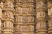 Kamasutra sceny na ścianie świątyni w khaju — Zdjęcie stockowe